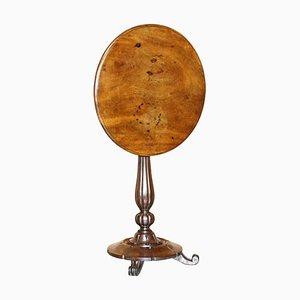 William IV Beistelltisch aus patiniertem Hartholz mit kippbarer Tischplatte