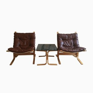 Danish Siesta Chairs & Siesta Side Table with Smoke Glass Plate by Ingmar Relling for Westnofa, Set of 3