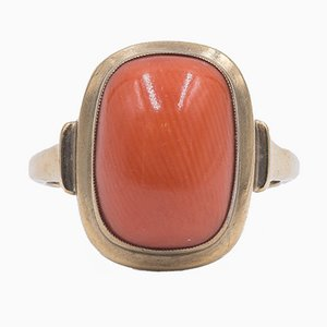 Vintage Ring in 8K Yellow Gold and Cabochon Coral, 1950s