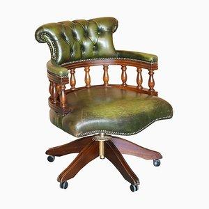Vollgeknöpfter grüner Leder Captain's Chair