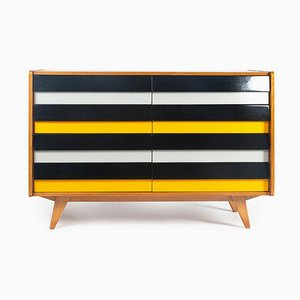U-453 Chest of Drawers