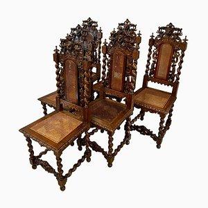 Italienische Esszimmerstühle aus geschnitztem Nussholz, 19. Jh., 8er Set
