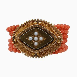 Coral, Pearls and 18 Karat Yellow Gold Beaded Bracelet