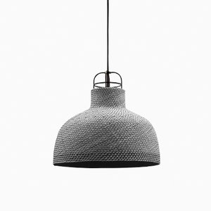 Lampe A Sarn par Thinkk Studio pour Specimen Editions