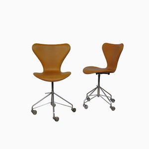Model 3117 Desk Chair by Arne Jacobsen for Fritz Hansen, 1950s