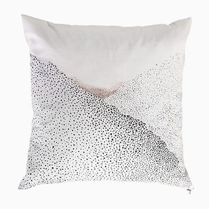 Coussin Waiting For The Sun par Alix Waline & Sabatina Leccia pour Chiara Colombini Editions