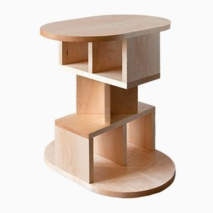 Double Pyramid Table par Michael Schoner