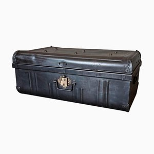 Englischer Koffer aus Metall & Messing
