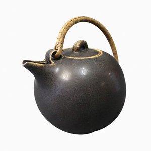 Tetera nº 64 de cerámica vidriada marrón oscuro de Eva Stæhr Nielsen para Saxbo, años 40