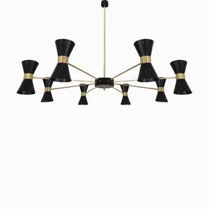 Lámpara de araña italiana Mid-Century grande de latón con 12 luces de Gaetano Sciolari