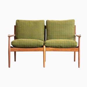 Small Danish 2-Seater Teak Bench by Arne Vodder for Glostrup, 1960s