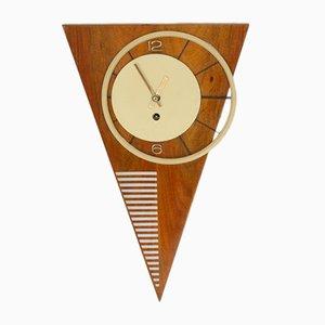 Asymmetrische Wiener Mid-Century Wanduhr in Dreiecksform, 1950