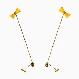 Lámparas de pie italianas ajustables de latón, años 50. Juego de 2