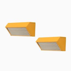 Lámparas de pared amarillas de acero, años 70. Juego de 2