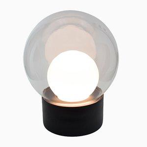 Lámpara Medium Boule de vidrio opalino blanco y transparante con base negra de Sebastian Herkner para Pulpo & Rosenthal