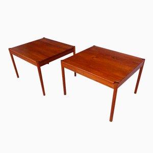 Mesas auxiliares danesas vintage de teca de Magnus Olesen, años 60. Juego de 2