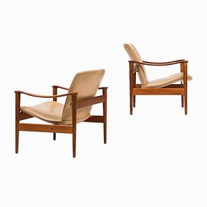 Model 711 Easy Chairs by Fredrik Kayser for Vatne Møbler, Set of 2