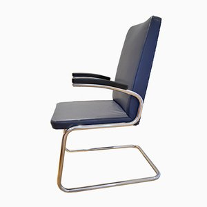 Bauhaus Tubular Steel Cantilever Chair from Mauser Werke, 1930s