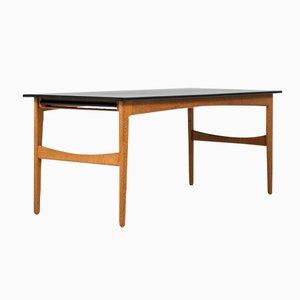 Mesa de comedor de roble de Knud Andersen para J.C.A Jensen, años 50