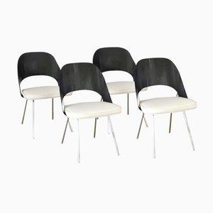 Amerikanische Holz Esszimmerstühle von Eero Saarinen für Knoll International, 1960er, 4er Set