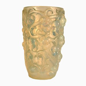 French Raisins Vase by Rene Lalique, 1925