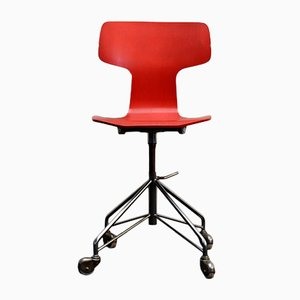 Mid-Century 3103 Red Desk Chair by Arne Jacobsen for Fritz Hansen