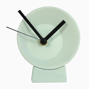 Off Center Desk Clock de Studio Lorier