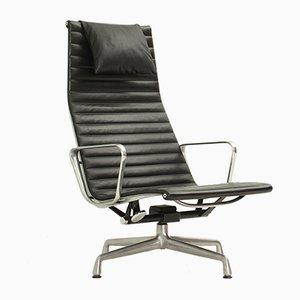 Sillón EA124 de cuero negro de Charles & Ray Eames, años 60
