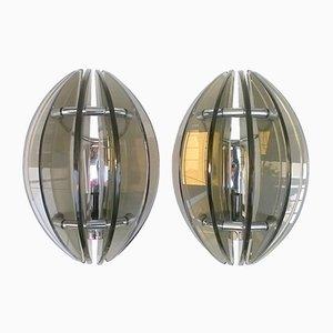 Apliques de pared italianos de acero cromado y vidrio de Veca, años 60. Juego de 2