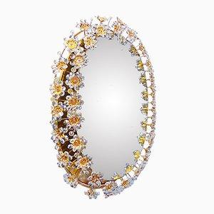 Lámpara de pared ovalada de espejo con latón bañado en oro y cristal de Palwa, años 60