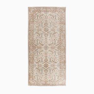 Türkischer Beiger Überfärbter Teppich, 1960er