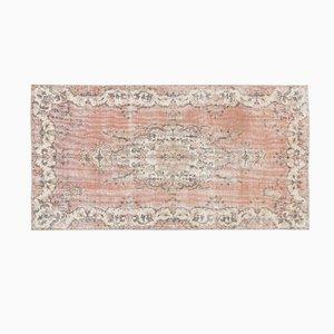 Türkischer Überfärbter Vintage Teppich