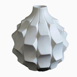 Weiße Op Art Biskuitporzellan Vase von Heinrich Fuchs für Hutschenreuther, 1960er