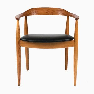 Elm Wood Round Chair by Illum Wikkelso, 1960s