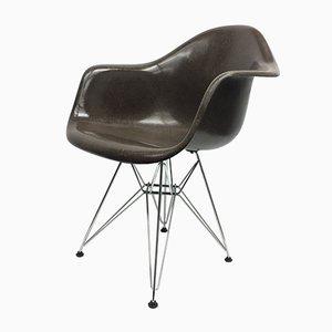 Poltrona vintage marrone di Charles & Ray Eames per Vitra
