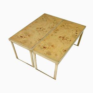 Mesas vintage de latón y madera nudosa. Juego de 2