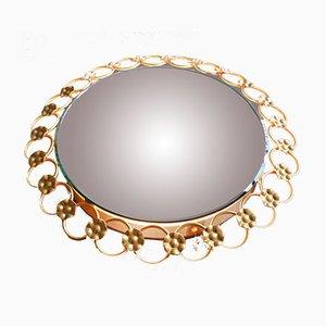 Specchio da parete con luce rotondo con anelli e fiori in ferro dorato, anni '60