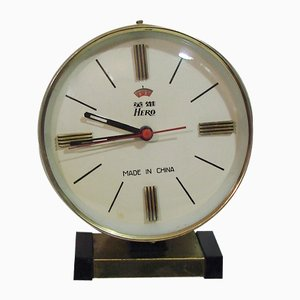 Reloj de mesa chino vintage de Hero