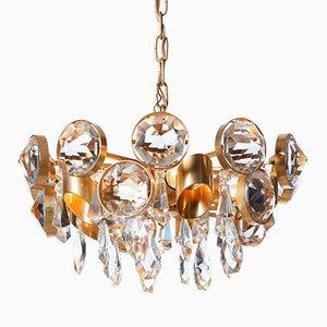 Vergoldeter Mid-Century Kronleuchter aus Messing & Kristallglas mit Fünf Leuchten