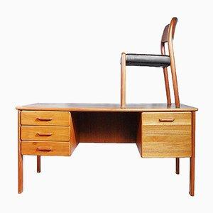 Dänischer Teak Schreibtisch mit Stuhl, 1970er