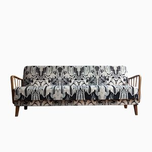Sofá cama sueco vintage tapizado con Timorous Beasties, años 60