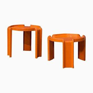 Tavolini a incastro arancioni in plastica di Giotto Stoppino per Kartell, anni '70