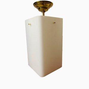 Lámpara de suspensión vintage de vidrio opalino y latón, años 50