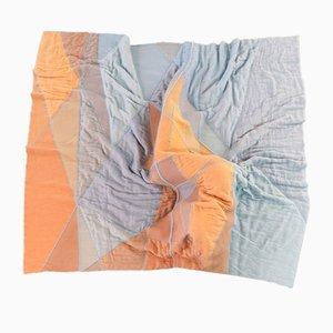 Manta Blue Hour de Merel Karhof y Yasmijn Karhof para el Textile Museum Tilburg