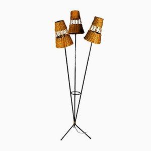Lámpara de mesa francesa de metal y ratán, años 50