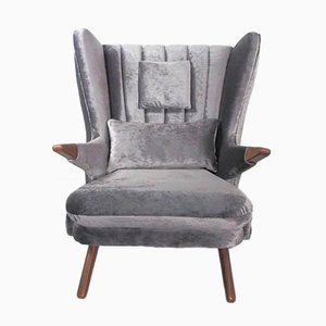 Vintage Wing Chair by Svend Skipper
