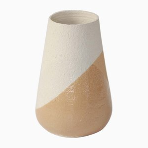 Mittlere Ockerfarbene & Weiße Shake Vase von Anbo Design für Anja Borgersrud