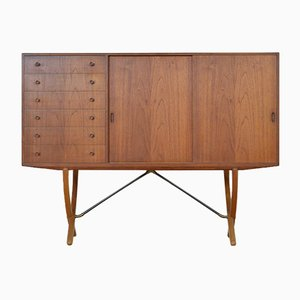 Vintage CH304 Highboard by Hans J. Wegner for Carl Hansen & Søn