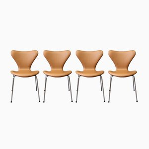 Sedie Seven in pelle di Arne Jacobsen per Fritz Hansen, 1967, set di 4