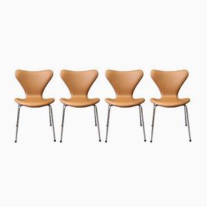 Silla modelo Seven de cuero de Arne Jacobsen para Fritz Hansen, 1967. Juego de 4